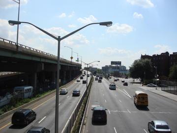 bruckner traffic