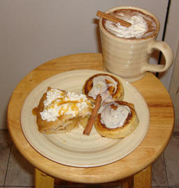 apple pie, cinnamon roll, hot chocolate and cinnamon