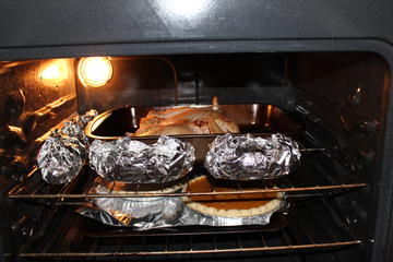 thanksgiving oven